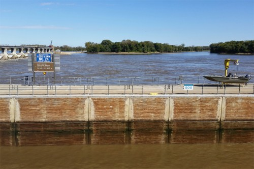 Lock and Dam 24 on Mississippi River | Olivia Dorothy