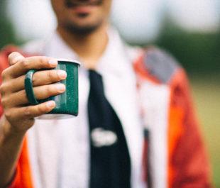 Grabbing a drink in Yellowstone Naitonal Park. | Nitish Meena (Unsplash)