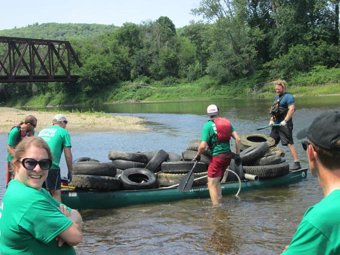 Canoe-maran at the Winooski River Keurig cleanup. | Lowell Geroge