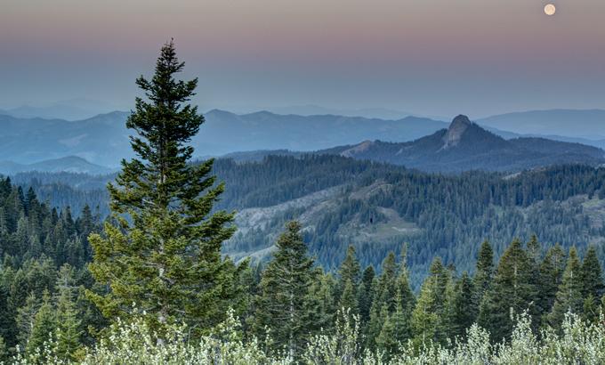 Views from Cascade Siskiyou National Monument, including Pilot Rock. | BLM