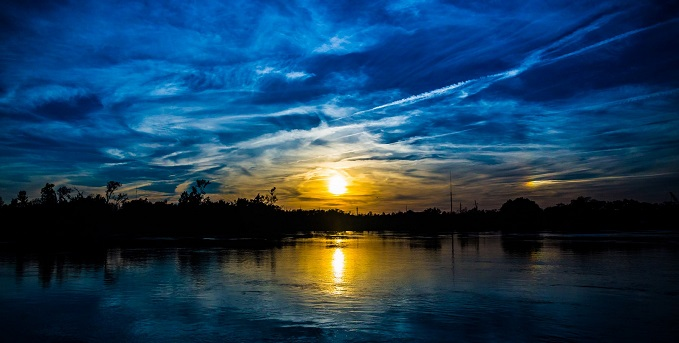 Cape Fear Sunset on the Neuse River | Photo: Life of Bryan (Flickr)