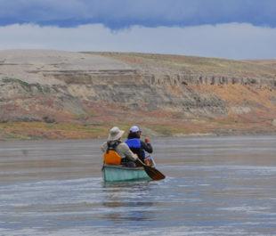 Kayakers on the Columbia River | Photo: Thomas O' Keefe