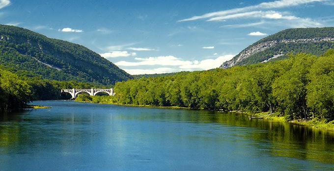 Delaware River, PA & NJ. | Photo: Nicholas A. Tonelli