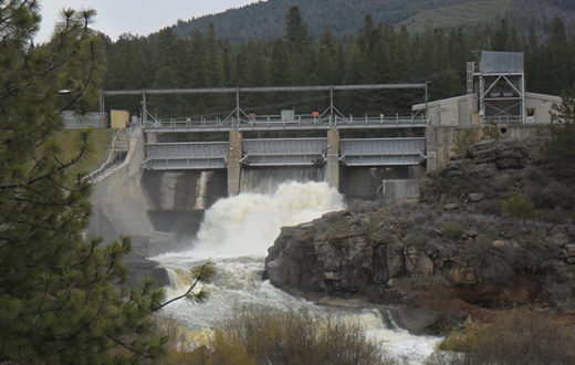John C. Boyle Dam by Wikimedia Commons user Bobjgalindo