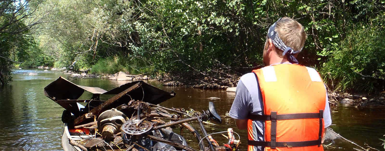 Montreal-River-Cleanup-IronwoodMI--RobHanson