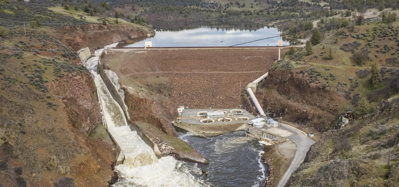 Iron Gate Dam on the Klamath River | Photo by Daniel Nylen