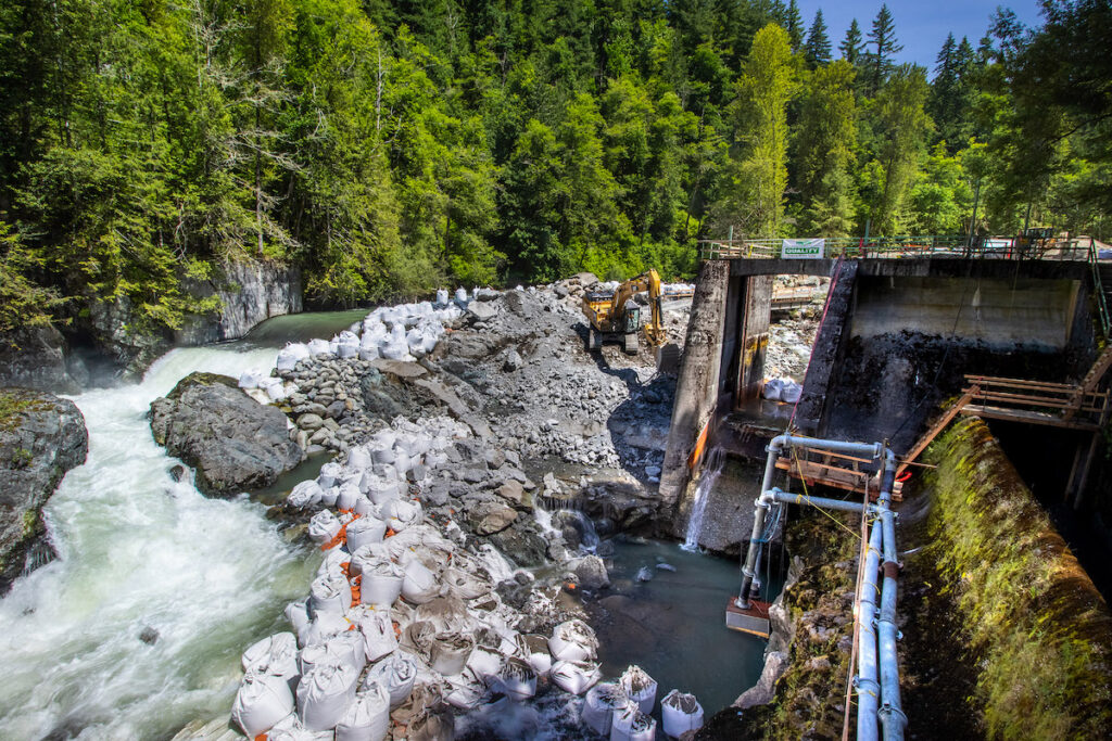 Removing the Middle Ford Dam on the Nooksack River | Photo by Brett Baunton